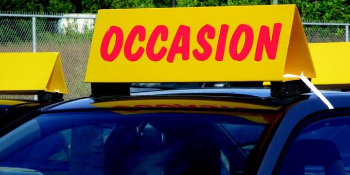 voiture d'occasion jaune
